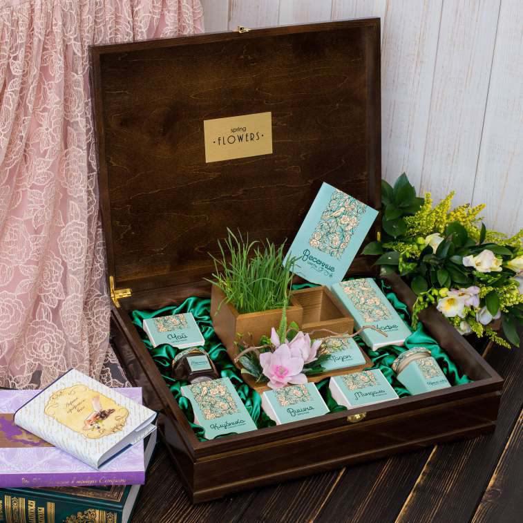 Подарочный набор «Весенние цветы»