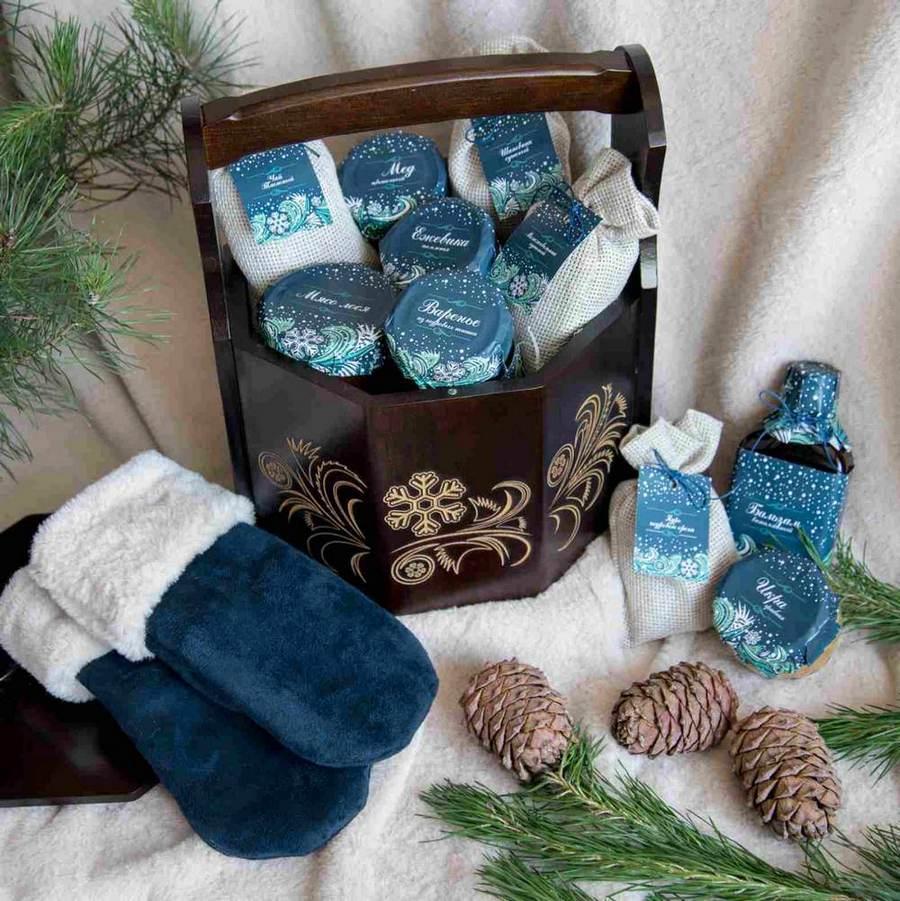 Новогодние наборы с чаем, медом, бальзамами