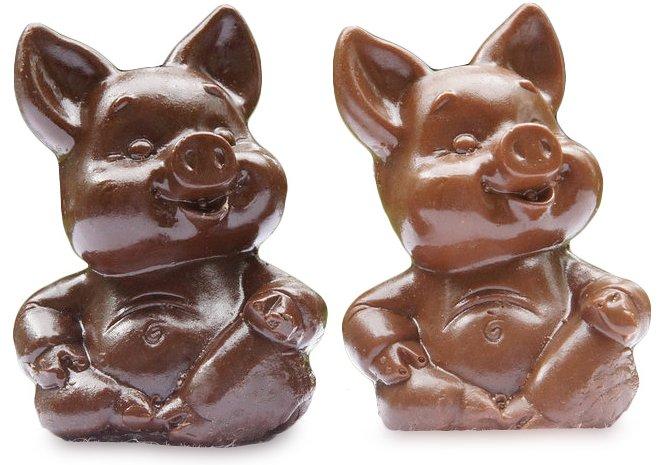 Фигурки свинок из шоколада