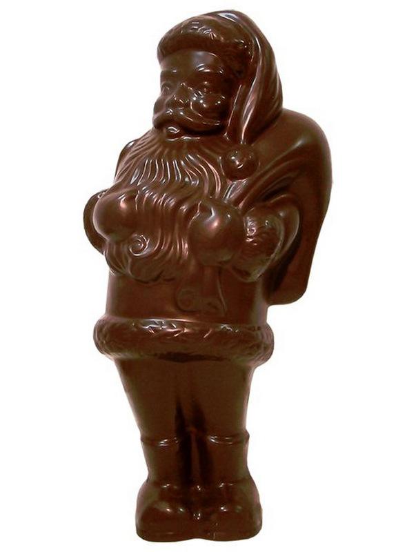 Фигура Деда Мороза из шоколада