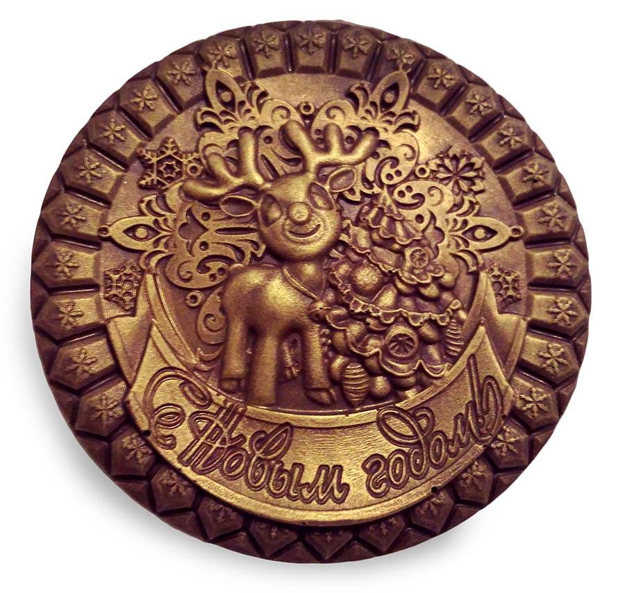Медальон с оленем и новогодним поздравлением
