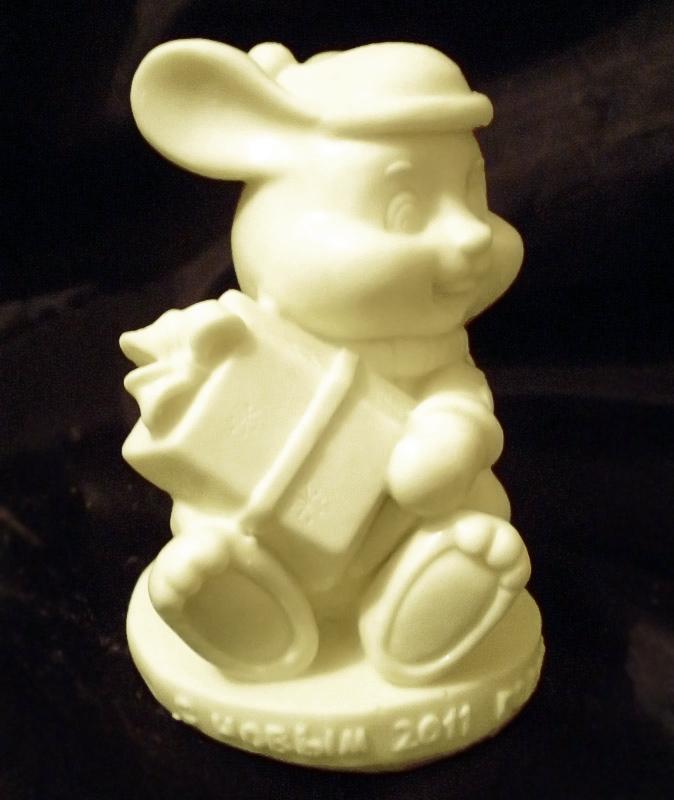 Шоколадная фигурка мыши