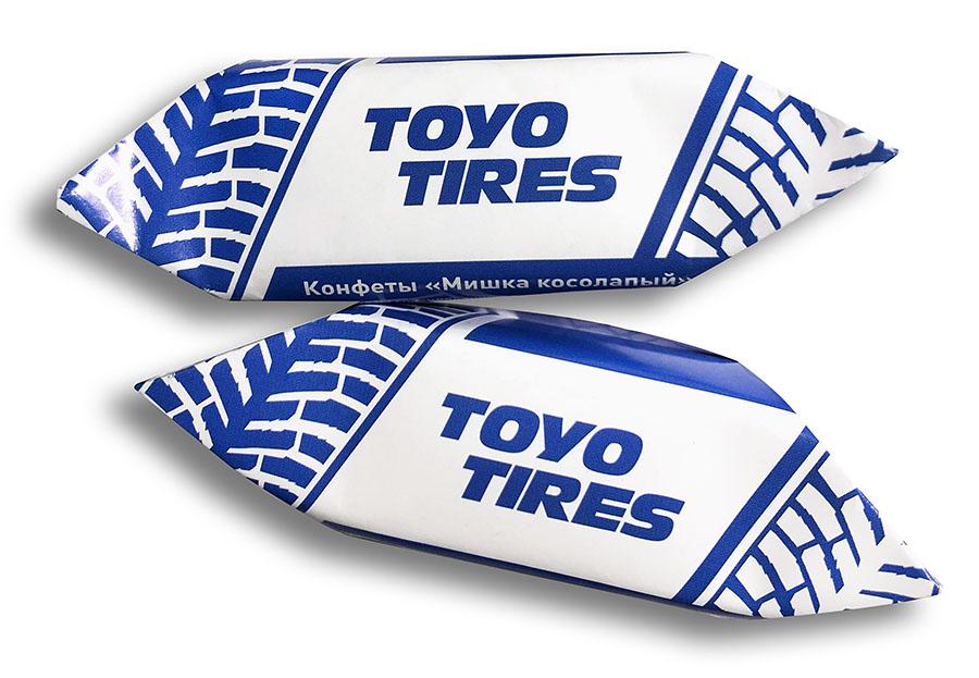 Конфеты «Мишка косолапый» в завертке с логотипом Toyo Tires