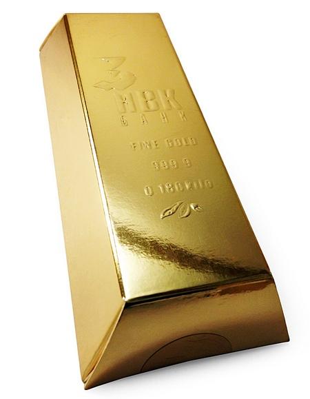 Большой слиток золота на Новый год