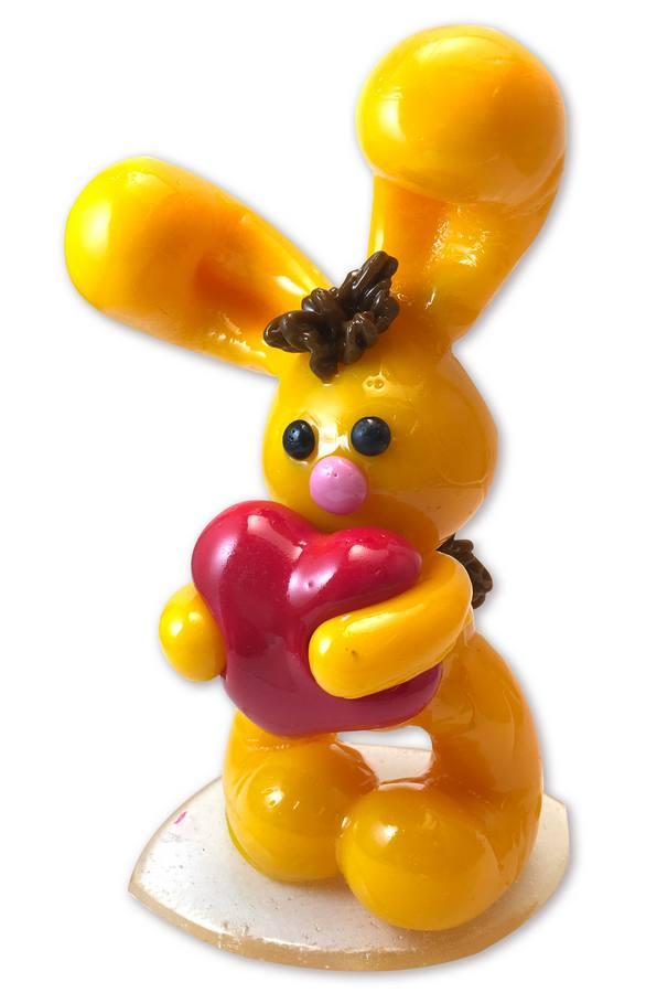 Карамельный зайчик с сердечком