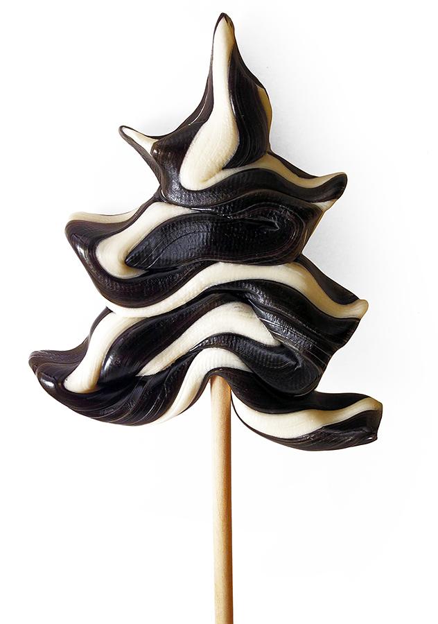 Черная елочка из карамели