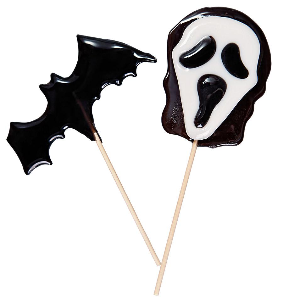 Летучая мышь и маска из фильма Крик на Хэллоуин