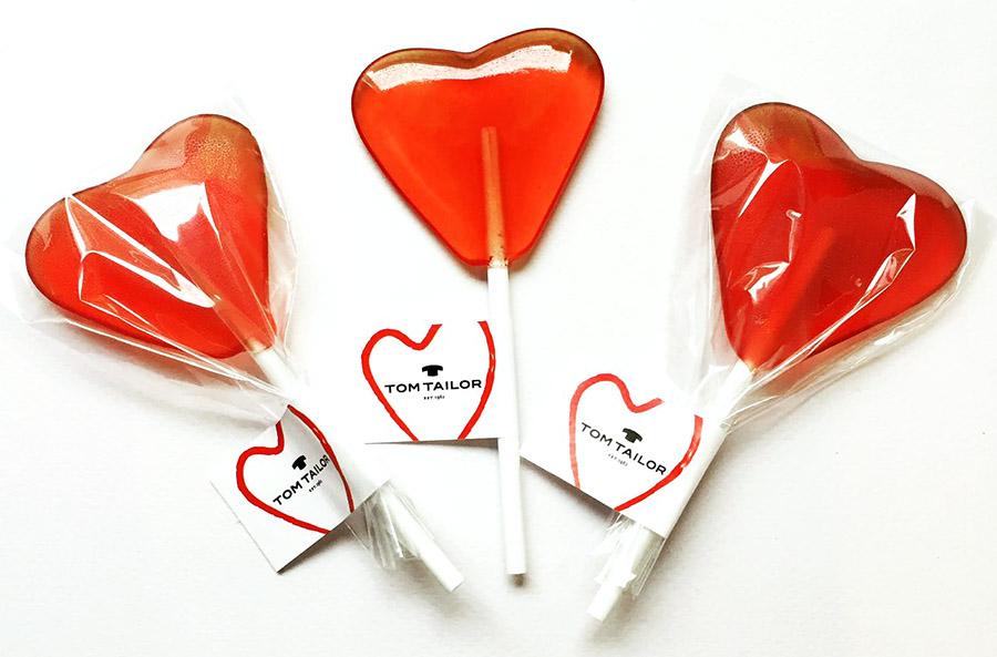 Леденцы в форме сердца с логотипом Tom Taylor