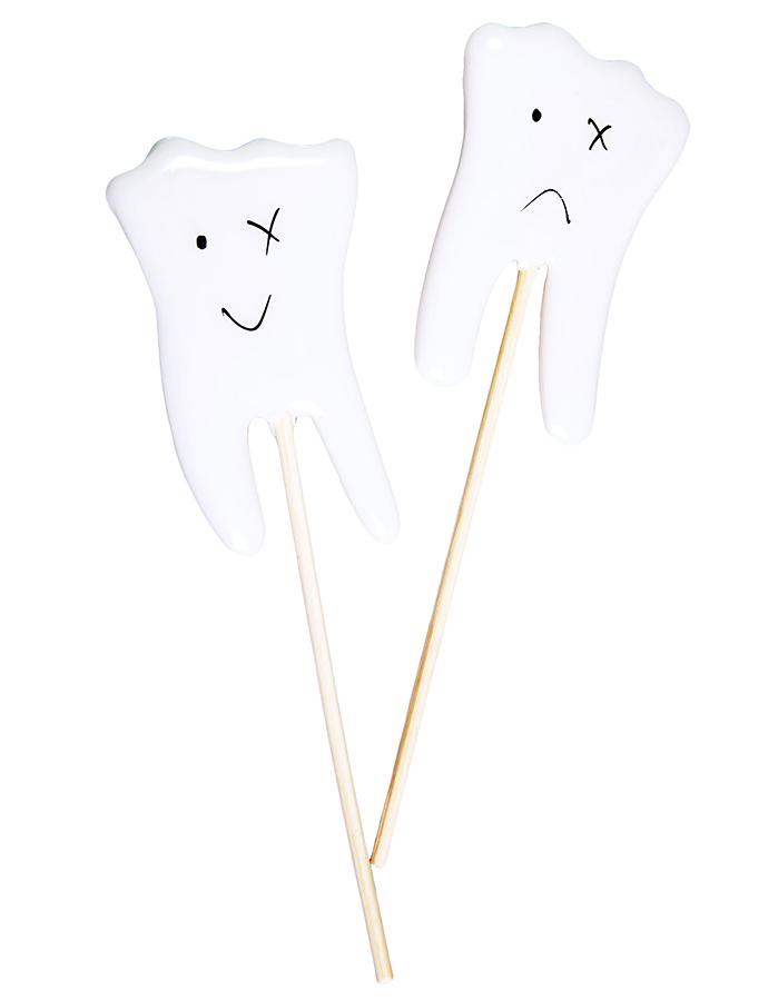 Леденцы-зубы на палочке