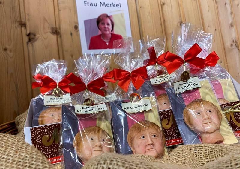Марципановые фигурки Ангелы Меркель