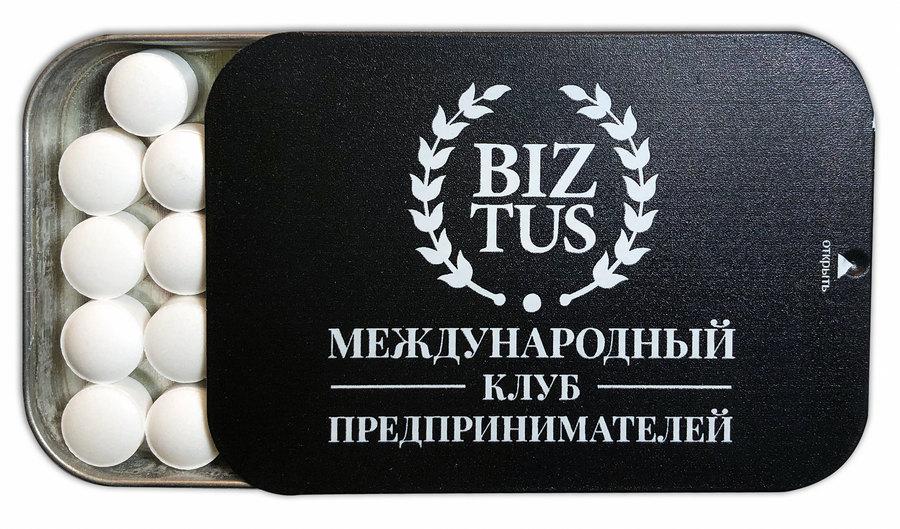 Освежающие драже в банке с крышкой-слайдером и логотипом бизнес-клуба Biztus