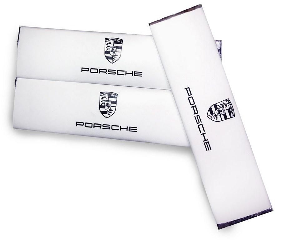 Жевательная резинка в пластинках с логотипом Porsche