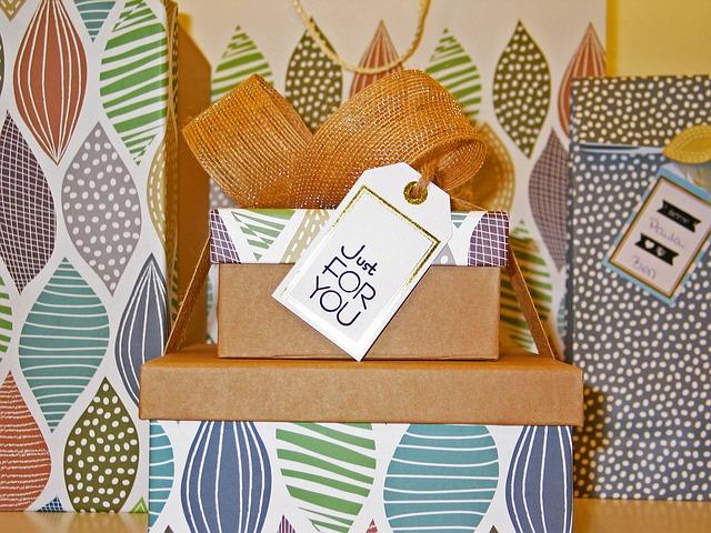 Упаковка корпоративных сувениров в коробочки, пакетики, конвертики