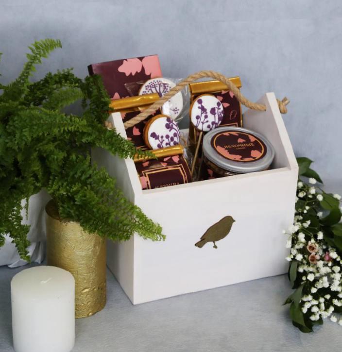 Сибирские полезные и вкусные подарки на 8 Марта