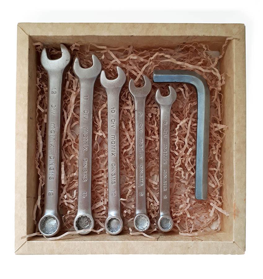 Набор гаечных ключей из шоколада