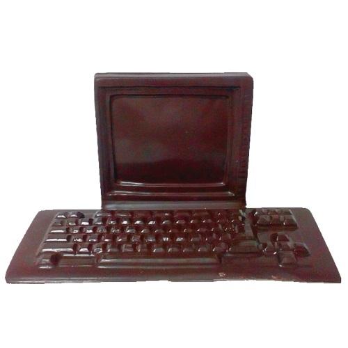 Компьютер из шоколада