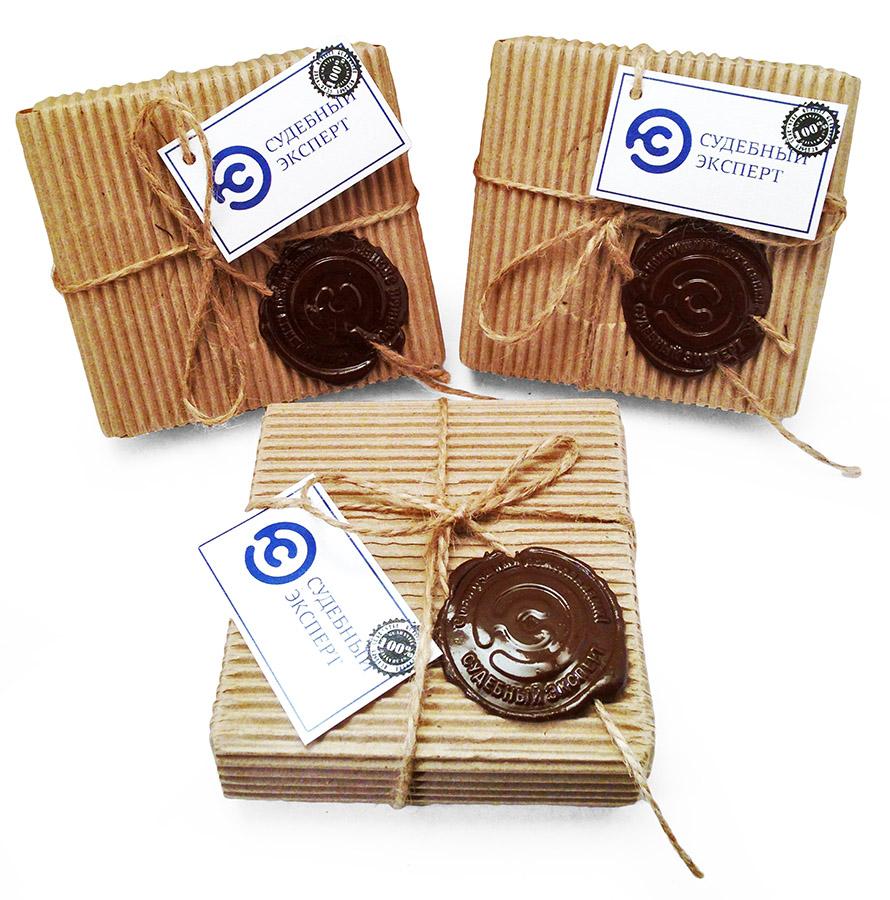 Конфеты ручной работы в упаковке из гофрокартона