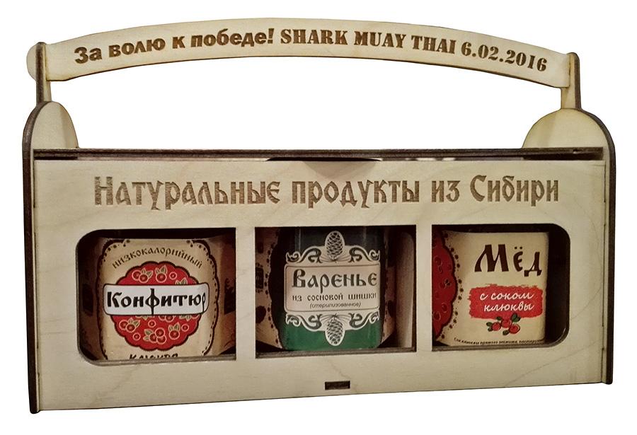 Мед, варенье в деревянных коробочках