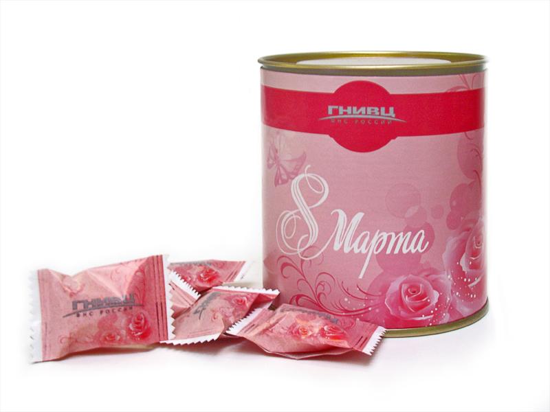 Леденцы, карамель и шоколадные конфеты в тубусах
