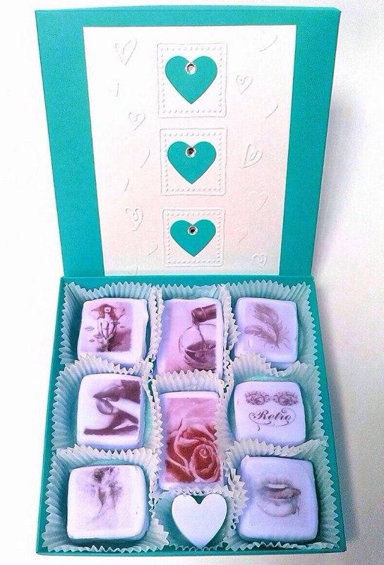 Конфеты из белого шоколада с печатью