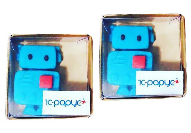 Фигуры роботов из марципана для 1С-Рарус