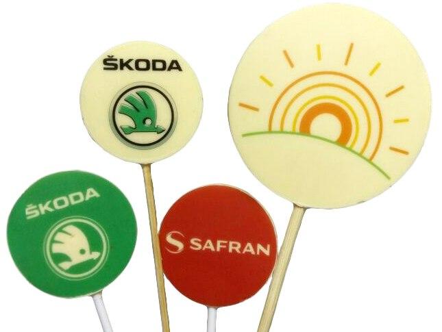Круглые конфеты на палочке с печатью логотипа