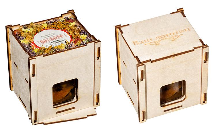 Деревянная коробочка с баночкой меда 200 мл