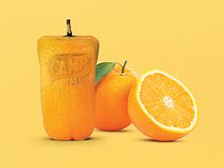Фруктовая реклама - фрукты в виде упаковок с соком