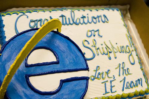 Рекламный торт Internet Explorer