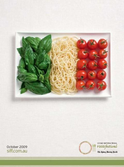 Аппетитная реклама - флаги из национальных продуктов. Италия