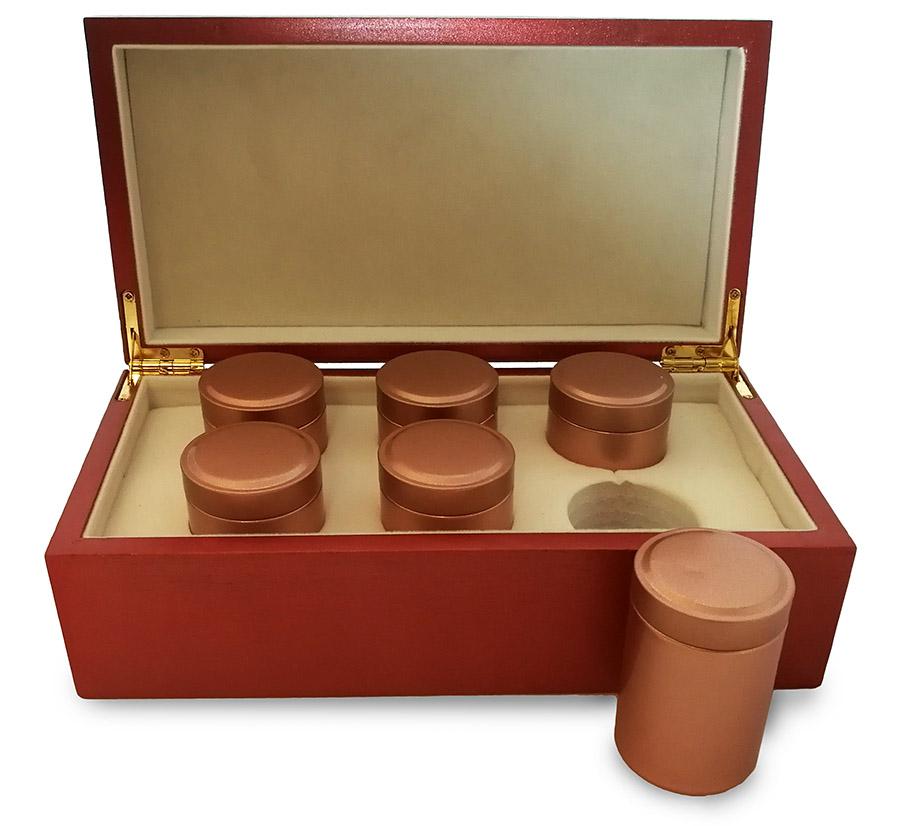 Набор № 1. Шесть баночек с элитным чаем в деревянной шкатулке