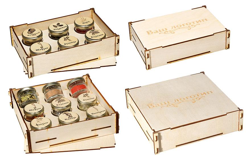 Баночки со специями в деревянных ящичках с логотипом