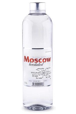 Вода с логотипом премиум-класса: Московская левитированная